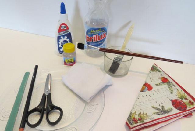 Декупаж и вспомогательные техники декорирования (фото)