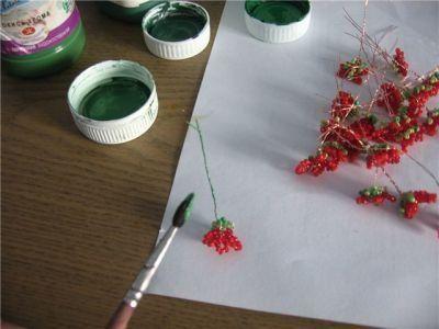 Герань из бисера в схемах плетения и подробном уроке для начинающих