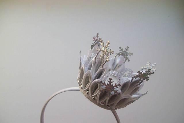 Мастер класс корона канзаши с фото и видео примерами