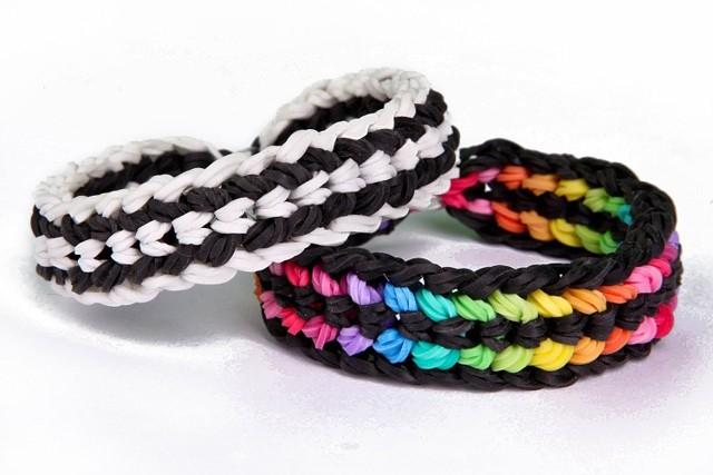 Фенечки из резинок: разные варианты плетения своими руками