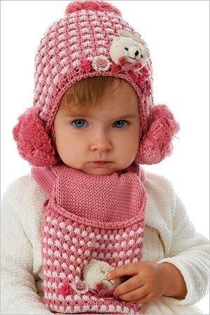 Учимся вязать детские шапки спицами для девочек