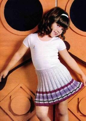 Вязаная спицами юбка для девочки в пошаговых фото и видео МК