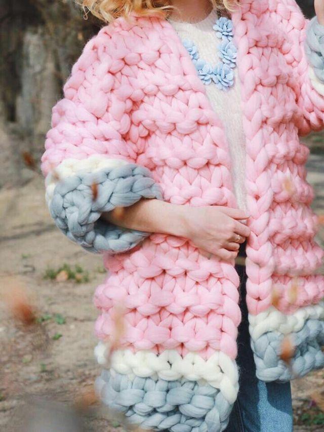 Толстая пряжа для вязания изделий гардероба и домашнего уюта