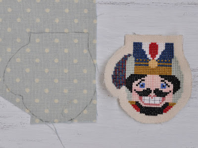 Вышивка на варежках своими руками по схеме