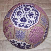 Вышивка в стиле квакер на примере многогранного шара
