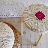 Вязание для дома: оформляем интерьер в стиле